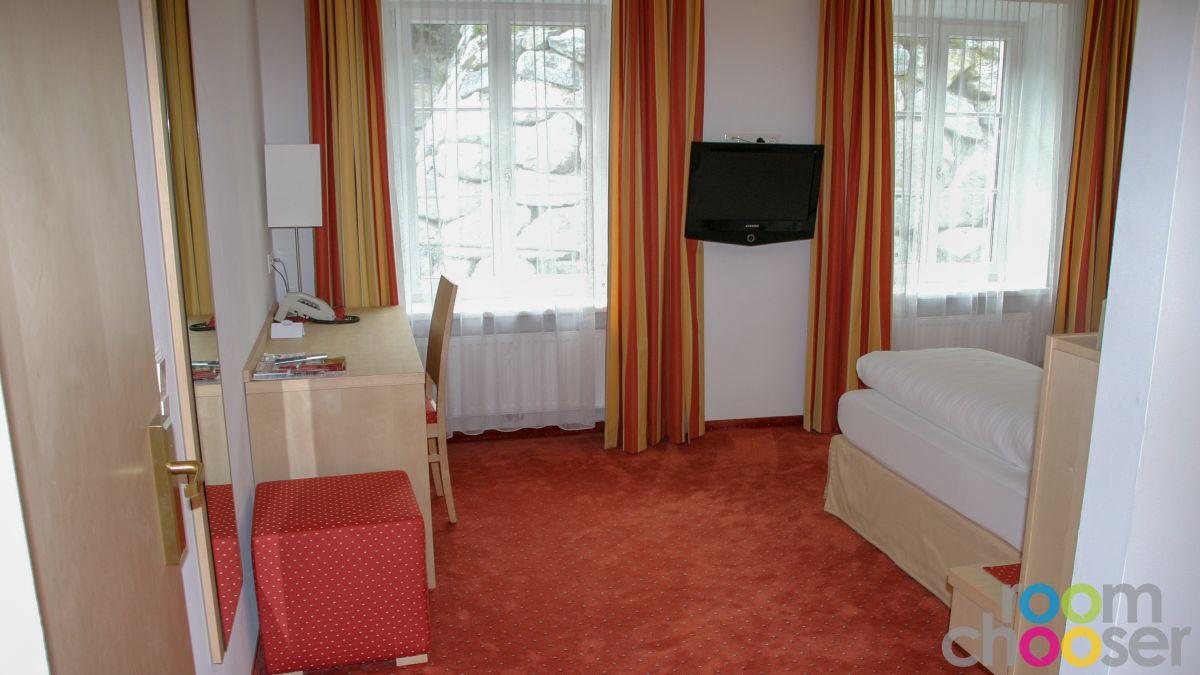 Accessible hotel room Austria Classic Hotel Heiligkreuz, 107, View into the room