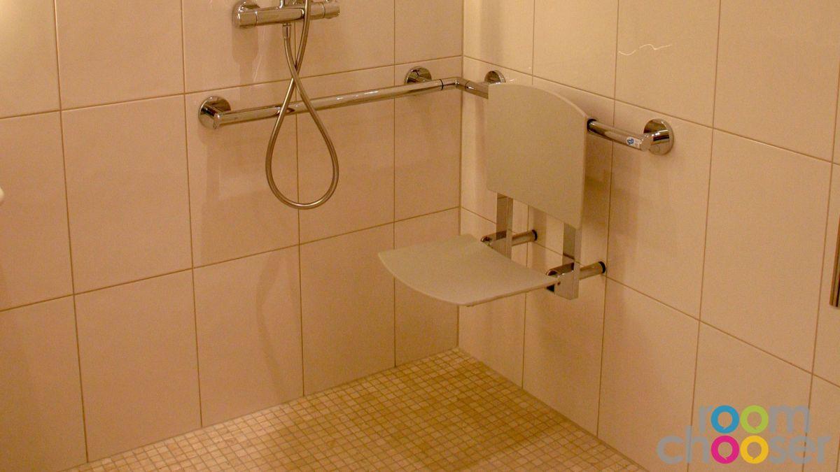 Accessible hotel room Austria Classic Hotel Heiligkreuz, 107, Shower