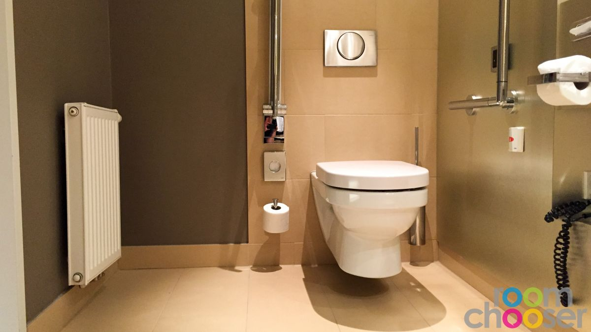Accessible hotel room Austria Trend Hotel Park Royal Palace Vienna, 204 304 404, Toilet